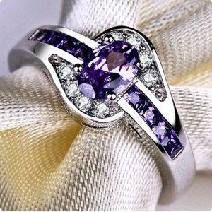 Dazzling ring